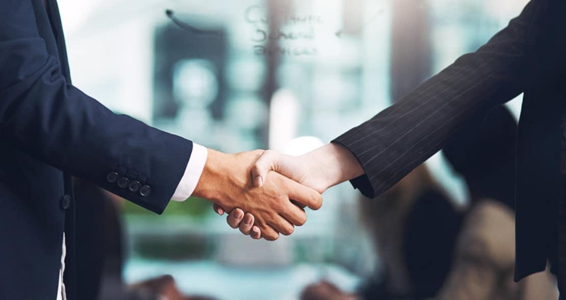 Empresas vão às compras: Liber Capital compra 60% da Adianta e Nubank adquire a Cognitect