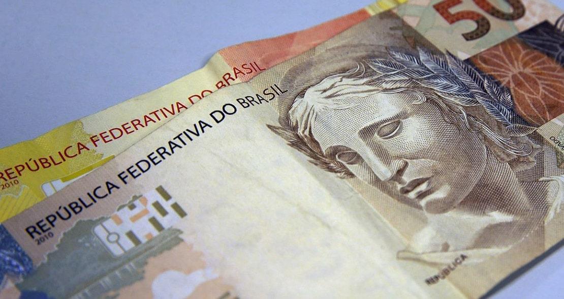 78% dos brasileiros eliminaram ou diminuíram o uso de dinheiro com a covid-19