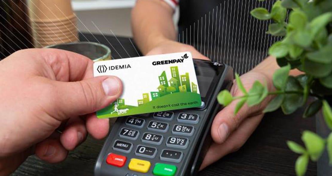Idemia lança cartão com PVC reciclado e foca em soluções ecossustentáveis